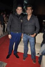 Bhushan Kumar, Kishan Kumar at Yaariyan Promotions in Mithibai College, Mumbai on 11th Dec 2013 (75)_52a9d2f0940a0.JPG
