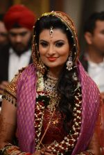 Sayali Bhagat and Navneet Pratap Singh_s Wedding in Mumbai on 11th Dec 2013 (76)_52a9d340c6d64.JPG