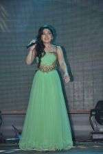 Tulsi Kumar at Yaariyan Promotions in Mithibai College, Mumbai on 11th Dec 2013 (59)_52a9d278810e9.JPG