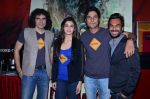 Imtiaz Ali, Alia Bhatt, Randeep Hooda, Aki Narula at the First look launch of Highway in PVR, Mumbai on 16th Dec 2013 (32)_52affac082e3c.JPG