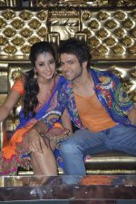 asha negi and rithvik Dhanjani on location of Nach Baliye 6 in Filmistan, Mumbai on 17th Dec 2013 (43)_52b1428e9a08e.JPG
