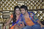 asha negi and rithvik Dhanjani on location of Nach Baliye 6 in Filmistan, Mumbai on 17th Dec 2013 (44)_52b142997a0a2.JPG