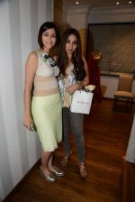 at Bandra 190 store launch in Bandra, Mumbai on 18th 2013 (137)_52b2cc86b709e.JPG
