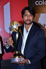 Sudeep at CCL new season red carpet in Grand Hyatt, Mumbai on 20th Dec 2013 (118)_52b54653207cf.JPG