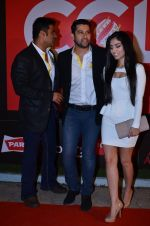 Sunil Shetty, Aftab Shivdasani at CCL new season red carpet in Grand Hyatt, Mumbai on 20th Dec 2013