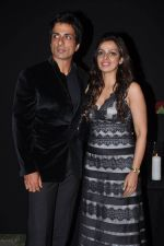 Sonu Sood at Deepika_s success bash in Four Seasons, Mumbai on 21st Dec 2013 (91)_52b65e8525f20.JPG