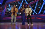 Shilpa Shetty, Terence Lewis, Sajid Khan at XMAS celebrations on the sets of Nach Baliye in Filmistan, Mumbai on 23rd Dec 2013 (22)_52b9744bcc8a5.JPG