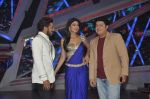 Shilpa Shetty, Terence Lewis, Sajid Khan at XMAS celebrations on the sets of Nach Baliye in Filmistan, Mumbai on 23rd Dec 2013 (28)_52b973e0d6034.JPG