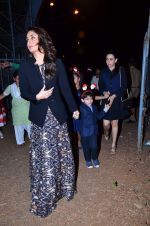 Kareena Kapoor at the midnight mass in Mumbai on 24th Dec 2013