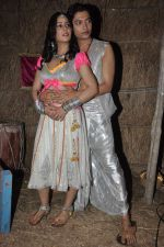 at Hume To Loot Liya on location in Dhanu, Mumbai on 27th Dec 2013 (13)_52be48e79ba52.JPG