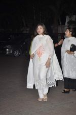 Alka Yagnik at Farooq Shaikh_s prayer meet in Mumbai on 30th Dec 2013 (141)_52c265ba37487.JPG