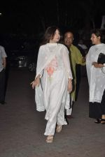 Alka Yagnik at Farooq Shaikh_s prayer meet in Mumbai on 30th Dec 2013 (142)_52c265ba8bc6a.JPG