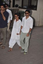 Farhan Akhtar at Farooq Shaikh_s prayer meet in Mumbai on 30th Dec 2013 (100)_52c26648650d2.JPG
