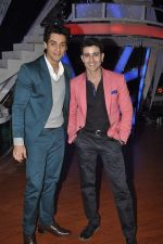 Karan Wahi at Nach Baliye new year_s celeberations in Mumbai on 30th Dec 2013 (31)_52c2677152d70.JPG
