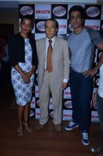 Mugdha Godse and Sonu Sood launch new Health issue in Dadar, Mumbai on 30th Dec 2013 (21)_52c264fd6cdd9.JPG