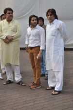 Raza Murad at Farooq Shaikh_s prayer meet in Mumbai on 30th Dec 2013 (25)_52c266a0a2dd0.JPG