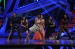 Riddhi Dogra at Nach Baliye new year_s celeberations in Mumbai on 30th Dec 2013 (102)_52c2678c0aa47.JPG