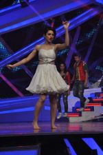 Riddhi Dogra at Nach Baliye new year_s celeberations in Mumbai on 30th Dec 2013 (115)_52c26790b8a60.JPG
