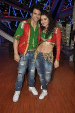 Rithvik Dhanjani, Asha Negi at Nach Baliye new year_s celeberations in Mumbai on 30th Dec 2013 (41)_52c2679a3155c.JPG