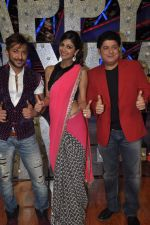 Shilpa Shetty, Sajid Khan, Terence Lewis at Nach Baliye new year_s celeberations in Mumbai on 30th Dec 2013 (53)_52c26805b37ae.JPG