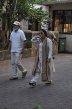 at Farooq Shaikh_s prayer meet in Mumbai on 30th Dec 2013 (40)_52c2661ee21c8.JPG