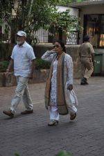 at Farooq Shaikh_s prayer meet in Mumbai on 30th Dec 2013 (41)_52c2661f46865.JPG
