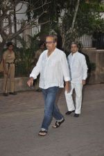 at Farooq Shaikh_s prayer meet in Mumbai on 30th Dec 2013 (93)_52c266336e76f.JPG
