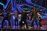 at Nach Baliye new year_s celeberations in Mumbai on 30th Dec 2013 (94)_52c2671dbcc2e.JPG