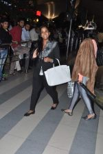 Arpita Khan snapped at the airport in Mumbai on 5th Jan 2014