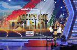 at the Launch of India_s Got Talent in Filmcity, Mumbai on 7th Jan 2014 (38)_52cd337a578dd.JPG
