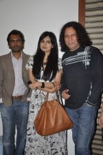 Anil George, Nawazuddin Siddiqui, Niharika Singh at the Promotion of Miss Lovely at Buntara Bhavan College on 7th Jan 2014 (130)_52ce385dcff90.JPG