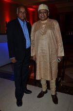 Manmohan Shetty, Kiran Shantaram at Screen Awards Nomination Party in J W Marriott, Mumbai on 7th Jan 2014 (74)_52ce3404afe7f.JPG