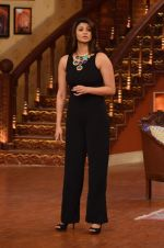 Daisy Shah on the sets of Comedy Nights with Kapil in Filmcity, Mumbai on 9th Jan 2014 (205)_52cfec3e9f2c9.JPG