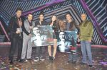 Ravi Behl, Javed Jaffrey,Naved Jaffrey, Jimmy Shergill,Ganesh with Darr at The Mall music launch on the sets of Boogie Woogie in Malad, Mumbai on 9th Jan 2_52d0018481e00.JPG
