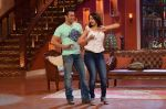 Salman Khan on the sets of Comedy Nights with Kapil in Filmcity, Mumbai on 9th Jan 2014 (141)_52cfeed628b31.JPG