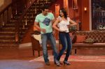 Salman Khan on the sets of Comedy Nights with Kapil in Filmcity, Mumbai on 9th Jan 2014 (143)_52cfeed70afb4.JPG