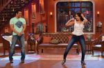 Salman Khan on the sets of Comedy Nights with Kapil in Filmcity, Mumbai on 9th Jan 2014 (146)_52cfeed852fb4.JPG