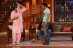Salman Khan on the sets of Comedy Nights with Kapil in Filmcity, Mumbai on 9th Jan 2014 (218)_52cfeee147a22.JPG