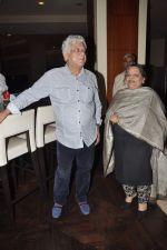 Om Puri at Pratik Sharma_s art event in J W Marriott, Mumbai on 10th Jan 2014 (25)_52d0b3beda212.JPG