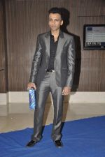 Abhijeet Sawant at singer Toshi Sabri_s wedding reception in Novotel, Mumbai on 13th Jan 2014 (10)_52d4e5df04d9e.JPG
