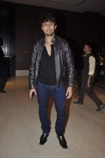 Sonu Nigam at singer Toshi Sabri_s wedding reception in Novotel, Mumbai on 13th Jan 2014 (113)_52d5193d397b2.JPG