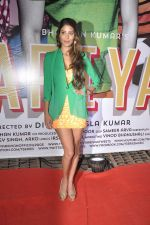 Nicole Faria at Yaariyan success party in Mumbai on 15th Jan 2014 (20)_52d7cf23ccb5f.JPG
