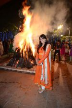 Kulraj Randhawa at Roopa Vohra_s Lohri in Mumbai on 16th Jan 2014 (341)_52d8cd961674f.JPG