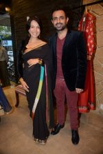 Shraddha Nigam, Mayank Anand at Hue store launch in Huges Road, Mumbai on 16th Jan 2014 (105)_52d8c8d97127a.JPG