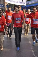 Hiten Tejwani at Standard Chartered Marathon in Mumbai on 19th Jan 2014 (98)_52dbd11c205de.JPG