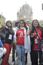 Juhi Chawla at Standard Chartered Marathon in Mumbai on 19th Jan 2014 (251)_52dbd19f2f274.JPG
