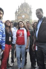 Juhi Chawla at Standard Chartered Marathon in Mumbai on 19th Jan 2014 (252)_52dbd19fe9283.JPG