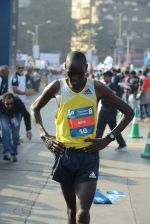 at Standard Chartered Marathon in Mumbai on 19th Jan 2014 (280)_52dbd13263ff0.JPG