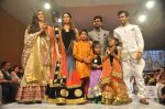 Krystle D_souza, Sangeeta Ghosh at Kids fashion week in Mumbai on 19th Jan 2014 (60)_52dcb56d08768.JPG