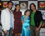 Sandip Soparrkar with Tao Porchon Lynch, Shiv Darshan and Hasleen Kaur at Phoenix Marketcity Kurla hosted dance performance in Mumbai on 19th Jan 2014_52dce6c66a10c.JPG